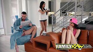 Порно Измена Пока Спит Видео