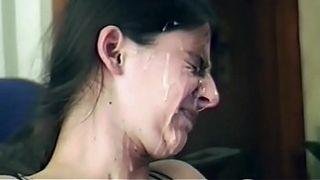 Любящие жены нежно отсасывают дома своим мужикам